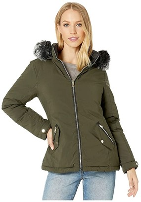 YMI Jeanswear Snobbish Reversible Polyfill Jacket with Faux Fur Trim Hood (Olive/Black) Women's Clothing