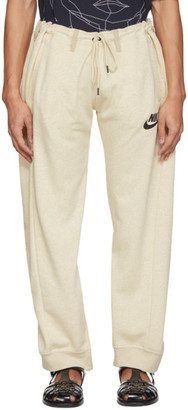 Bless Off-White and Beige Overjogging Jean Lounge Pants
