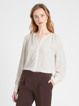 Banana Republic Petite ECOVERO Balloon-Sleeve Blouse