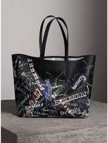 Burberry The Large Reversible Doodle Tote