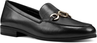 Bandolino Casual Mocassins with Ring Ornament -Lehain