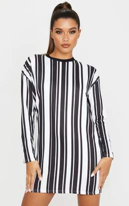 PrettyLittleThing Monochrome Contrast Stripe Long Sleeve T Shirt Dress