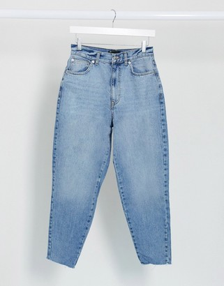 ASOS DESIGN High rise 'Balloon' boyfriend jean in lightwash