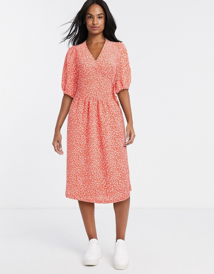 Monki Yoana recycled polyester floral print puff short sleeve tie wrap dress in red