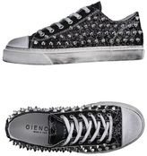 Gienchi Low-tops & sneakers
