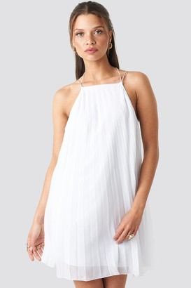 NA-KD Mini Pleated Trapeze Dress
