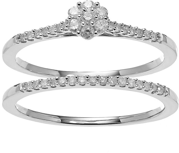 Diamond Cluster Engagement Ring Set in Sterling Silver (1/4 ct. T.W.)