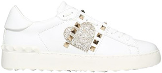 Valentino White Heart Embroidered Leather Rockstud Untitled Sneakers Size 38