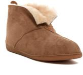 Minnetonka Genuine Sheepskin Fur Bootie (Men)