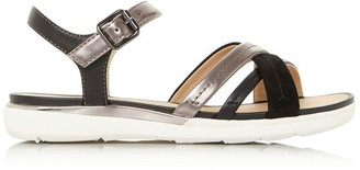 Geox D S.Hiver A Cross Over Strap Sandals