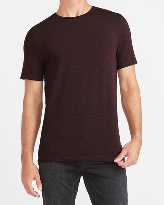 Express Printed Moisture-Wicking Performance T-Shirt