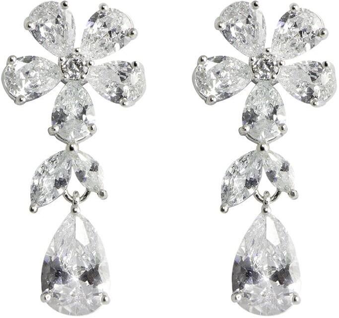 Apples & Figs Daisy tear drop earrings