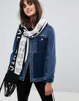 Monki Radical Chic Slogan Scarf