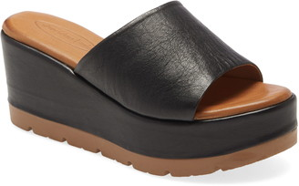 Sheridan Mia Tart Platform Slide Sandal