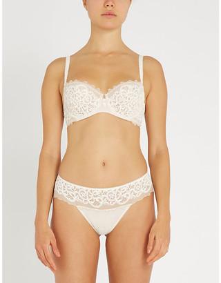 Wacoal Lace Essentiel stretch-lace bra