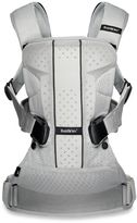 BABYBJÖRN Baby Carrier One Air in Silver Mesh