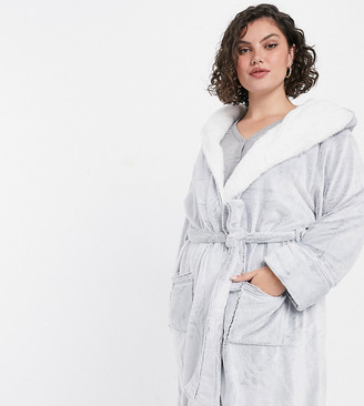 New Look Plus New Look Curve robe with piping in light grey
