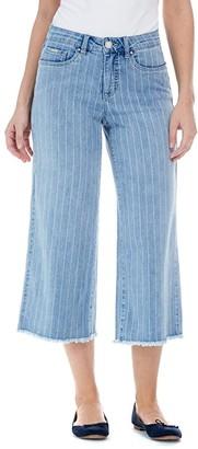 FDJ French Dressing Jeans Olivia Wide Leg Crop with Frayed Hem Bottoms in Denim (Denim) Women's Jeans