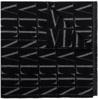 Valentino VLTN winter scarf