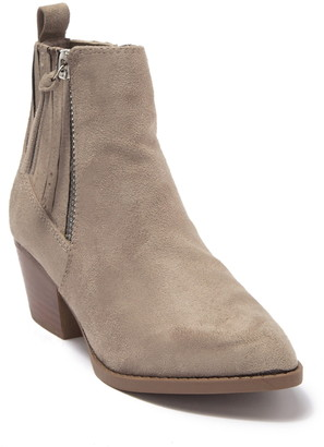 Carlos by Carlos Santana Valiant Pointed Toe Ankle Boot