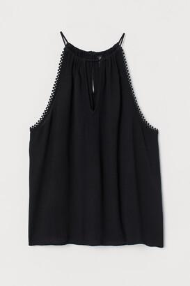 H&M Crinkled sleeveless top