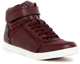 GUESS Jojen High Top Sneaker