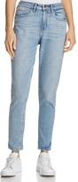 Calvin Klein Jeans Mom Jeans in Pale Indigo