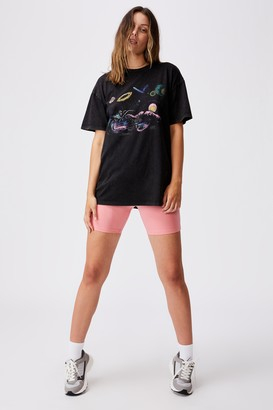 Cotton On The Relaxed Boyfriend Graphic Tee