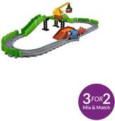 Thomas & Friends Adventures Reg At The Scrapyard Playset