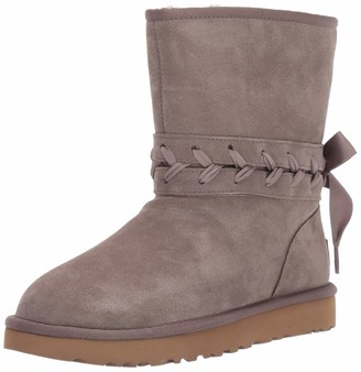 UGG Women's Classic LACE Short Fashion Boot