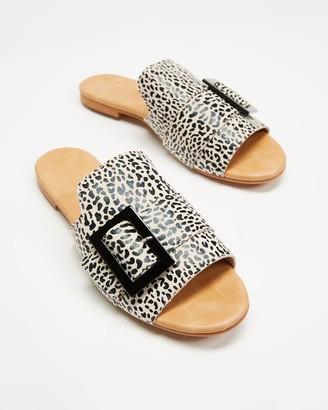 Walnut Melbourne Women's Brown Flat Sandals - Meadow Slides - Size 39 at The Iconic