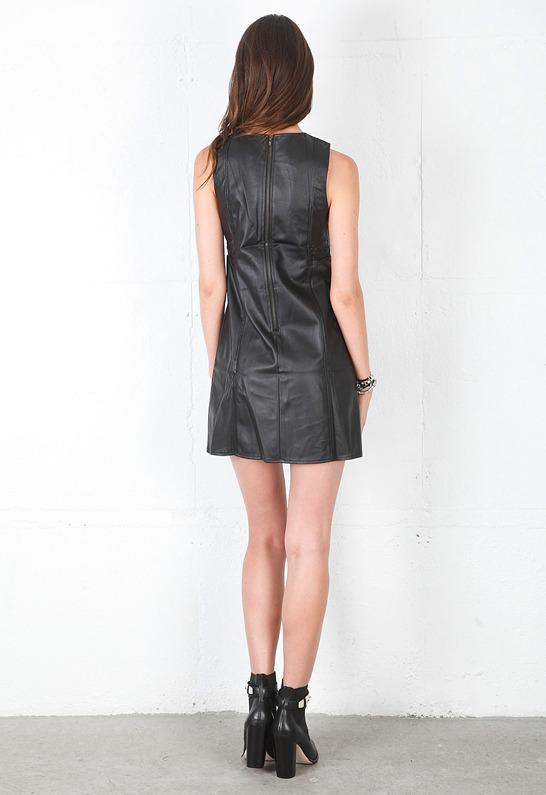 Style Stalker Serge Dress in Black