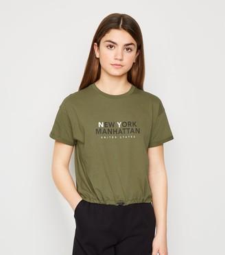 New Look Girls New York Slogan Toggle Hem T-Shirt
