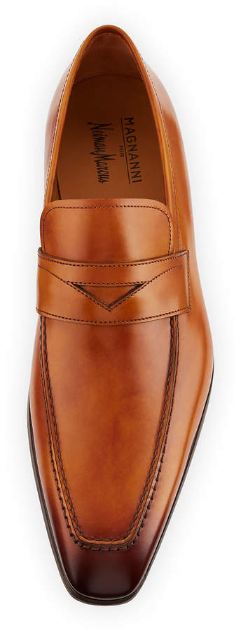Magnanni Men's Antiqued Leather Penny Loafers