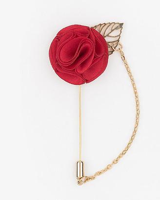 Le Château Flower Chain Lapel Pin