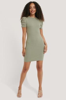 NA-KD Puff Shoulder Short Sleeve Dress