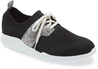 Munro American Sandi Sneaker