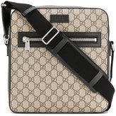 Gucci GG Supreme flat messenger bag
