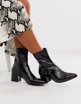 Vagabond Mya black patent leather mid heeled ankle boots