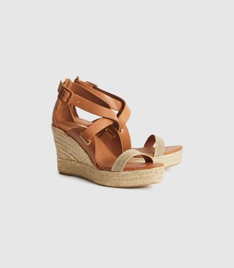 Reiss Eris - Wedge Sandals in Neutral
