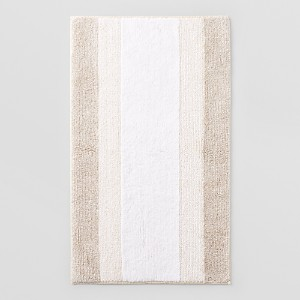Abyss Nomade Bath Rug, 23 x 39