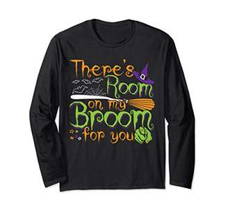 b-ROOM There's Room on my Broom for you Funny Halloween Costumes Long Sleeve T-Shirt
