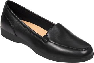 Easy Spirit Slip On Smooth Leather Loafers - Devitt