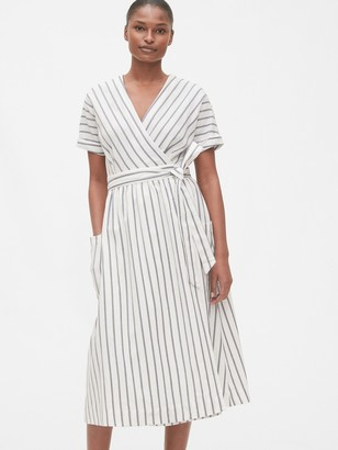 Gap Short Sleeve Wrap-Front Dress in Linen-Cotton
