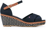 Tommy Hilfiger patterned wedge sandals - women - Tactel/rubber - 37