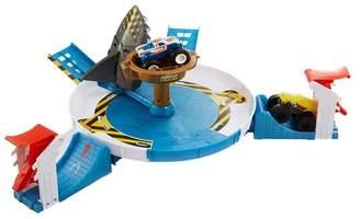 Mattel Hot Wheels(R) Monster Trucks Mecha Shark Face-Off Play Set