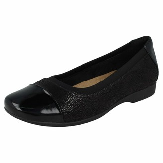 Clarks Un Darcey Cap Womens Loafers