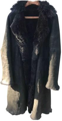 Ventcouvert Black Suede Coat for Women