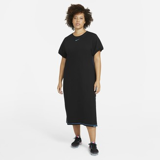 Nike Women's Maxi Dress (Plus Size Sportswear Icon Clash