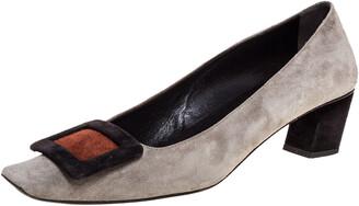 Roger Vivier Grey Suede Leather Belle Pumps Size 36